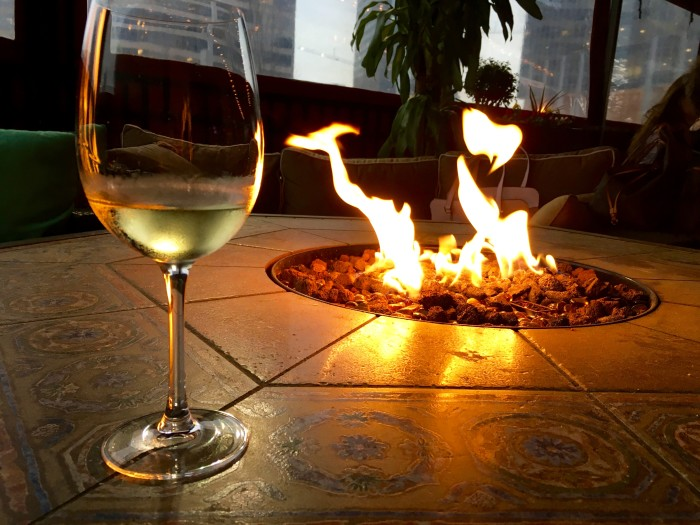 3 Best Patios In Atlanta With Fire Pits/Fireplaces   Daviou0027s At Phipps  Plaza ...